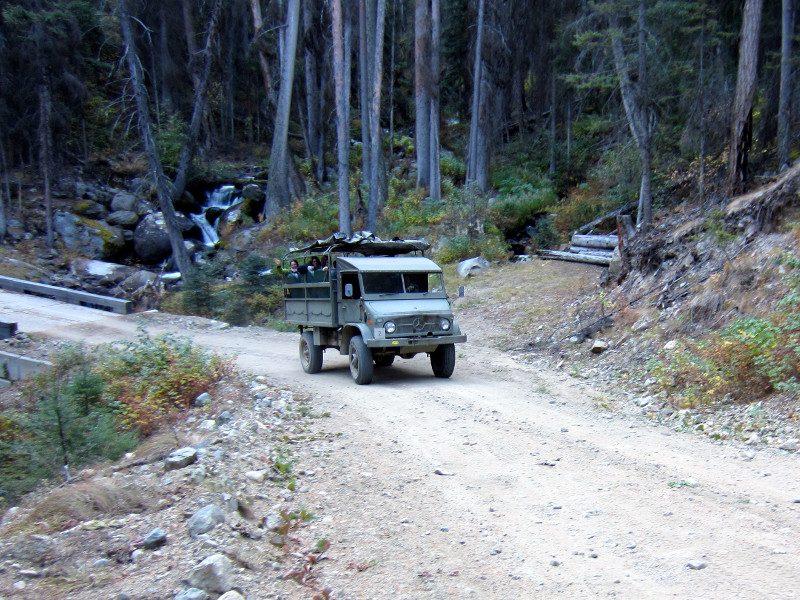 Unimog on Trail